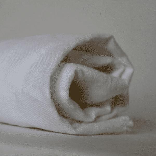 בד פשתן לבן